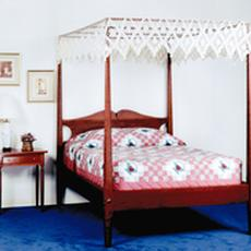 - Cherry Pencil Post Bed